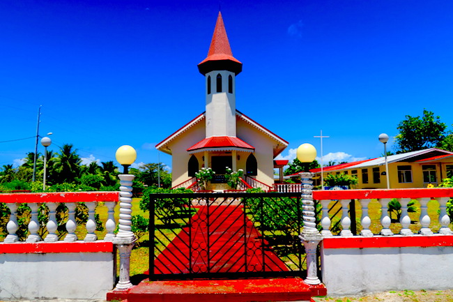 Rangiroa French Polynesia  city photos gallery : Avatoru Village Rangiroa French Polynesia church