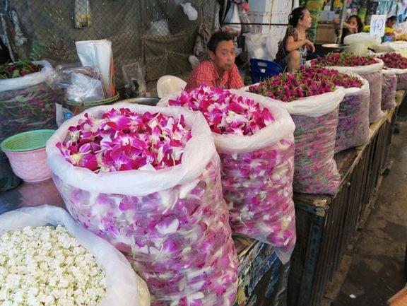 bangkok-flower-market-flower-petal-sacks