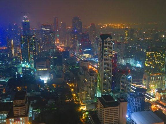 bangkok-skyline-at-night-from-skybar