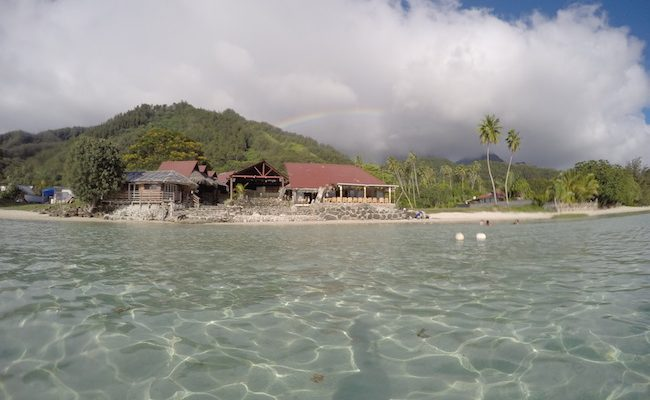 Beach in bungalow Moorea french Polynesia