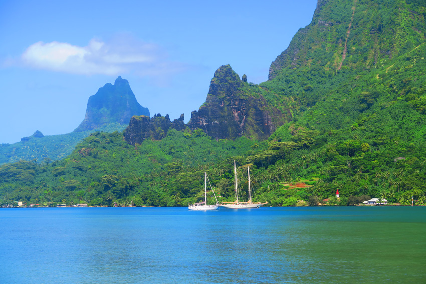 Boats in Bay with Mountains - Moorea - French Polynesia