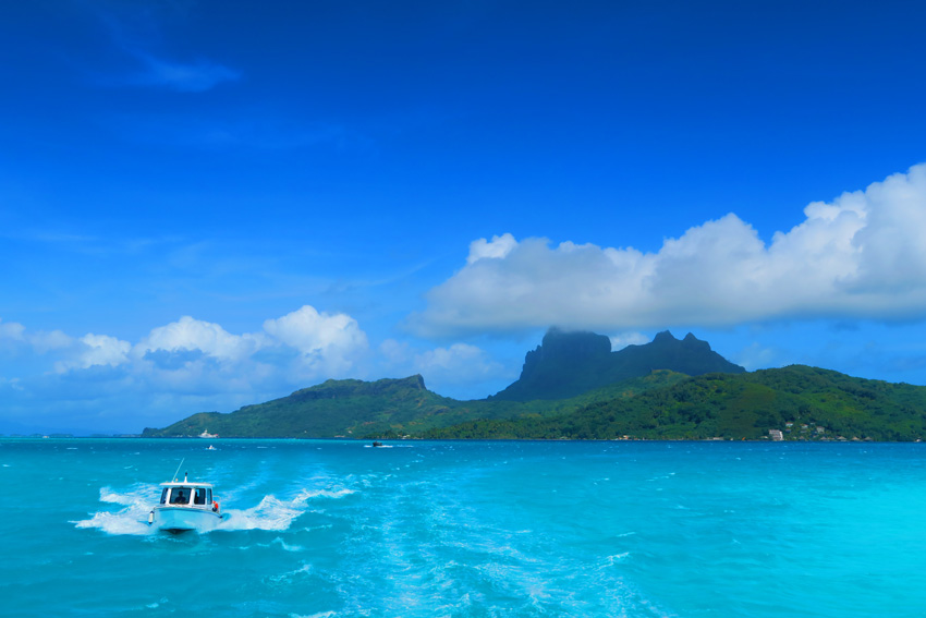 Bora Bora - French Polynesia - Boat Trip to Airport