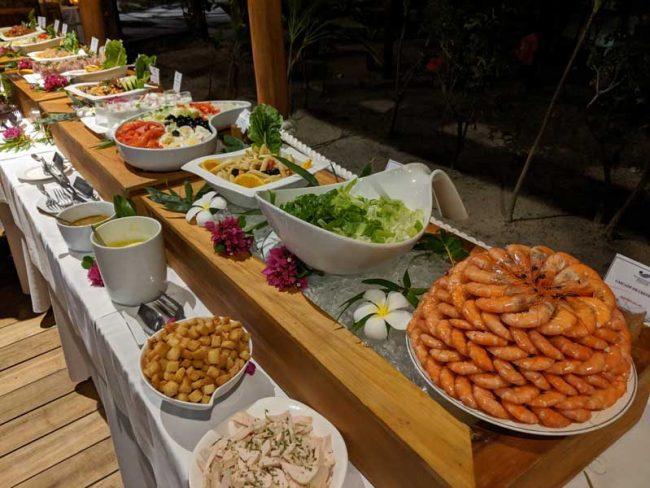 Bora Bora Pearl Beach Resort - bbq buffet 2