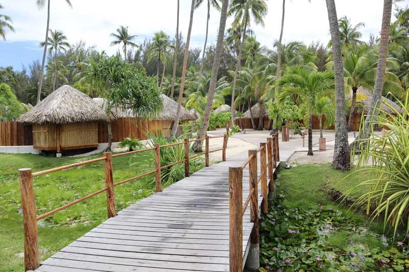 Bora Bora Pearl Beach Resort - garden bungalow gardens
