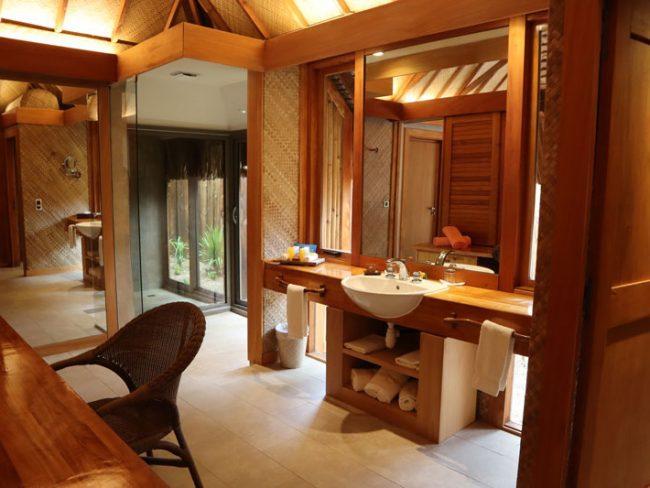 Bora Bora Pearl Beach Resort - garden bungalow interior