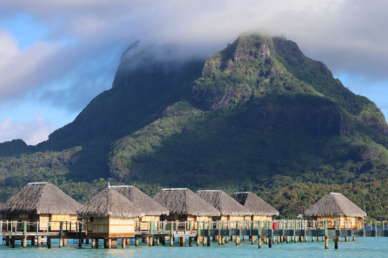 Bora Bora Pearl Beach Resort - overwater bungalows view