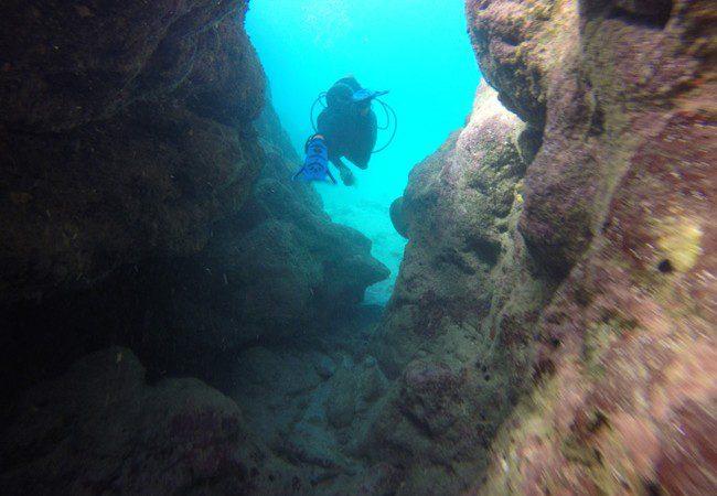 Diving Savaii Samoa lava tubes