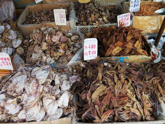 dried-seafood-in-bangkok-chinatown