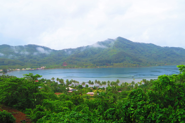 Fahaaa Bay tahaa french polynesia island tour