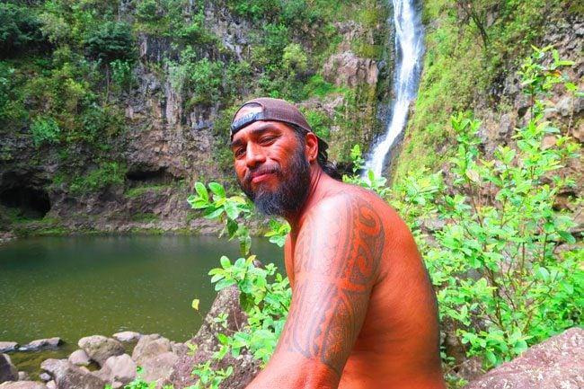 Halawa Valley Hike - Guide - Molokai Hawaii