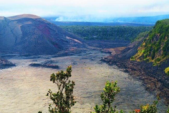 Hawaii Volcanoes National Park Big Island - Kilauea Iti Crater