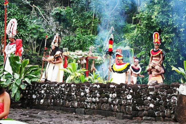 Heiva-Tahiti-Grégoire-Le-Bacon-O-Tahiti-e-Marae-ceremony