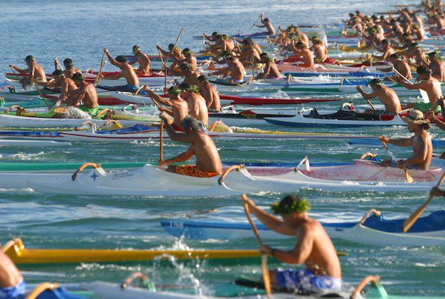 Heiva-Tahiti-Tatiana-Salmon-Canoe-Race