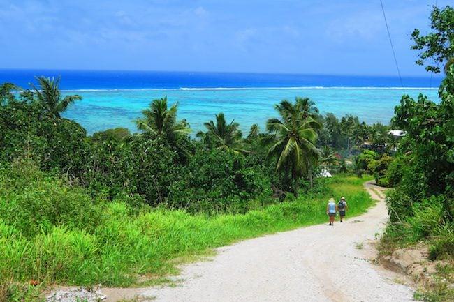 Hiking Mount Maungapu aitutaki cook islands
