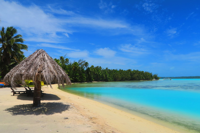 Inano Beach Bungalows Aitutaki Cook Islands - beach