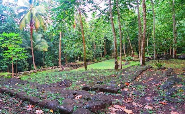 Kamuihei Tahakia Teiipoka archeological sites nuku hiva - platform
