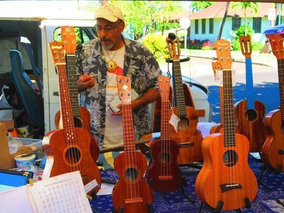 Kaunakakai Saturday Market - Molokai - Hawaii - Ukuleles