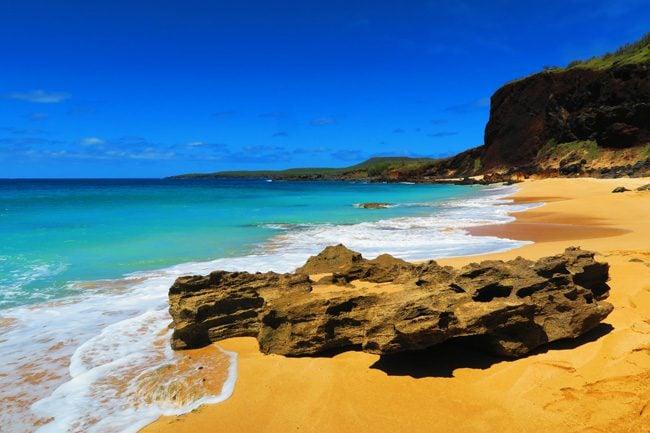 Kawakiu Beach eroded limestone cliffs - Molokai Hawaii