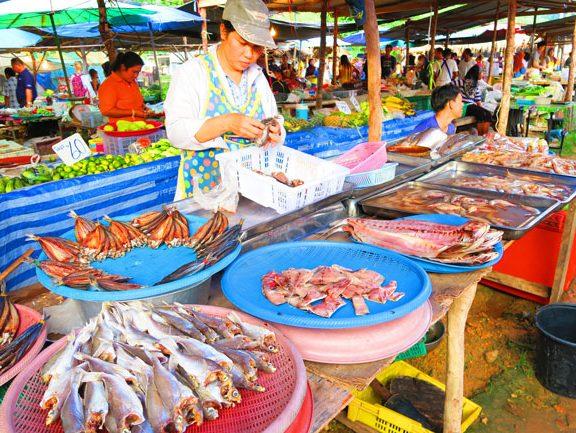 ko-lanta-food-market-2