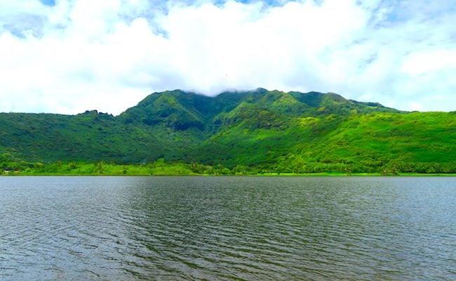 Lake Temae Moorea French Polynesa