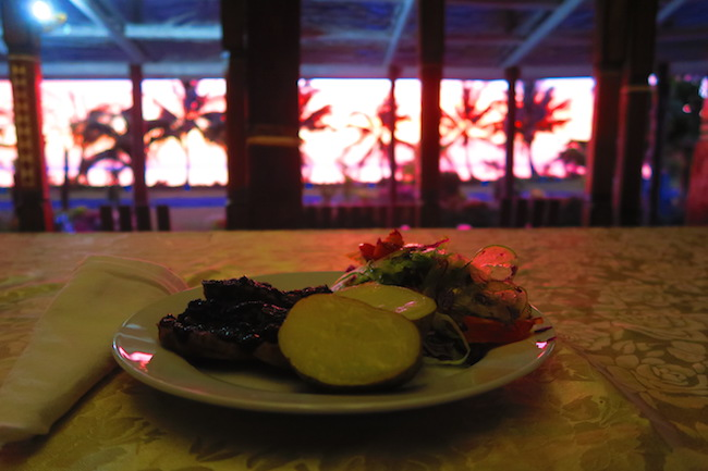 Le Valasi's Beach Fales Samoa - sunset dinner