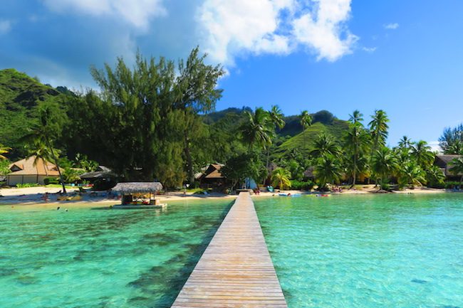 Les Tipaniers Beach Moorea French Polynesia pontoon