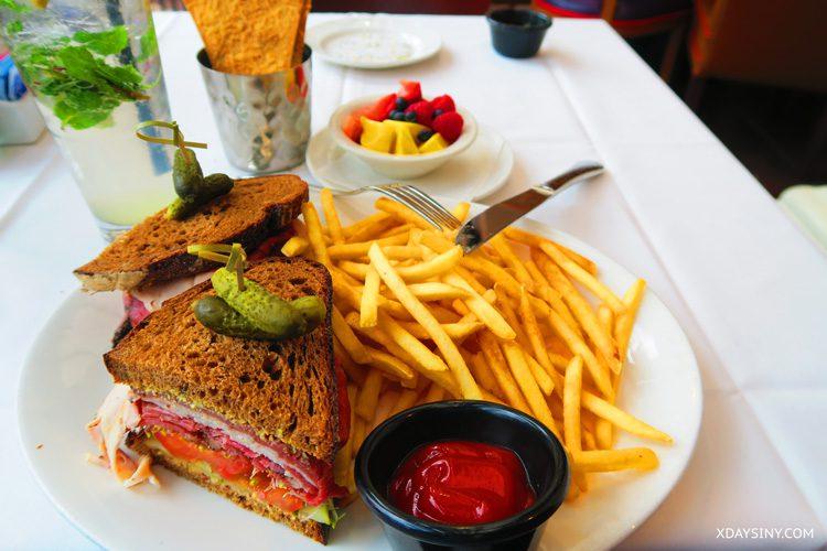 Lunch in Balboa park San Diego - XDAYSINY.COM