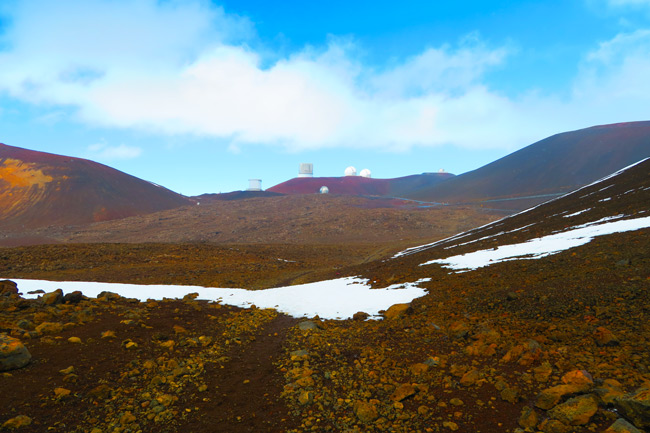 Mauna Kea Hike Big Island Hawaii - snow and observatories