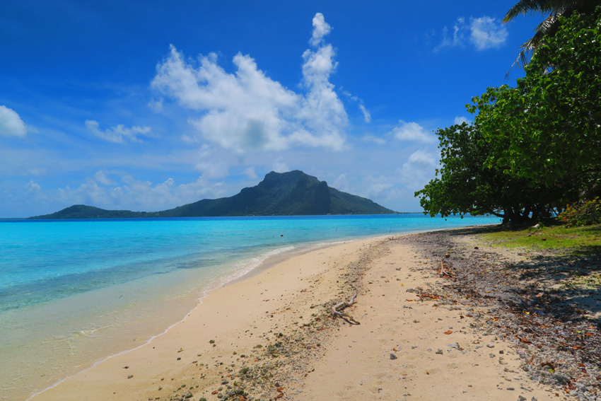Maupiti - French Polynesia - View of Main Island - Sammy Maupiti Tour