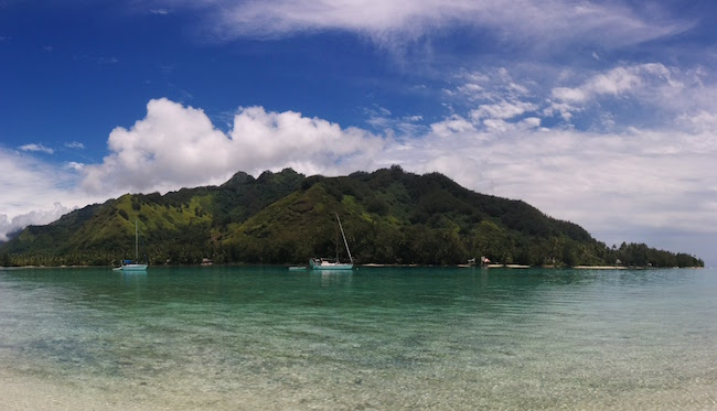 Moorea panoramic view from motu french polynesia