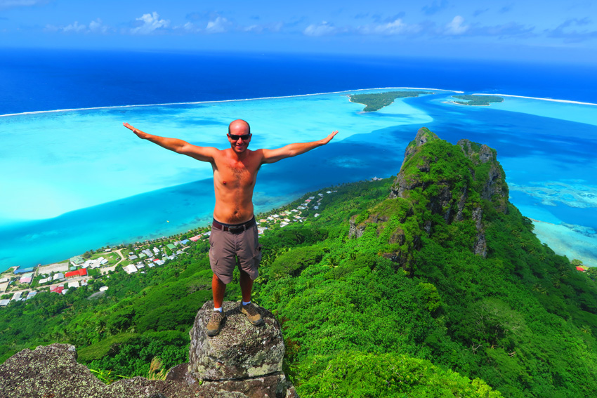 Mount Teurafaatiu Hike - Maupiti - French Polynesia - Selfie in Summit
