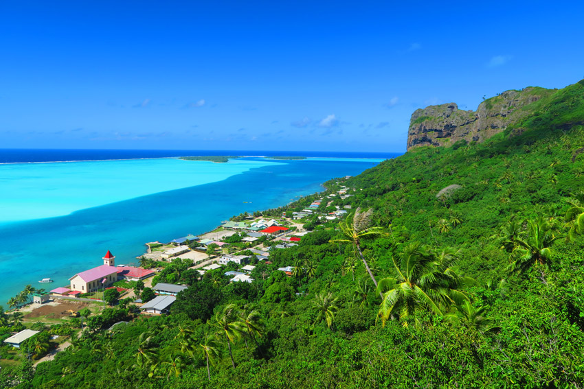Mount Teurafaatiu Hike - Maupiti - French Polynesia - View of Village