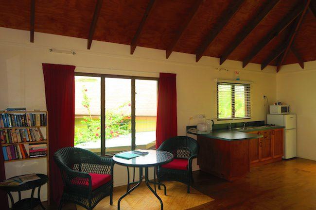 Muri Beach Cottages Rarotonga Cook Islands - kitchen living area