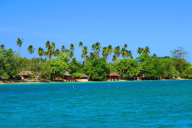Oyster Island Resort Espiritu Santo Vanuatu - Approach