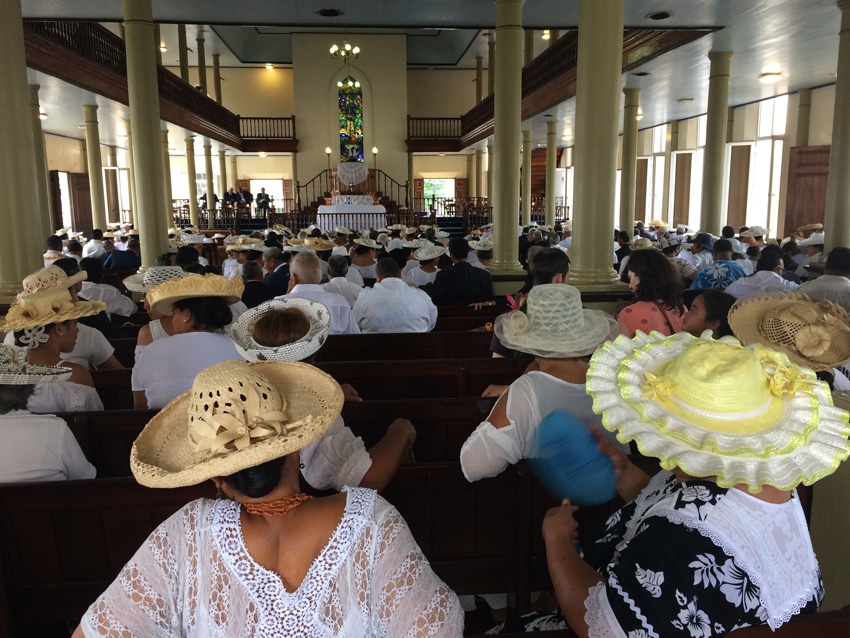 Paofai Sunday Church Service - tahiti - French Polynesia - Tahitian Church Hats