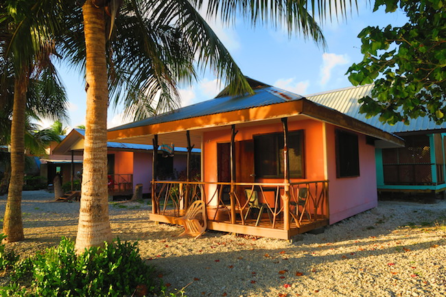 Pension Teina et Marie Rangiroa French Polyensia bungalow