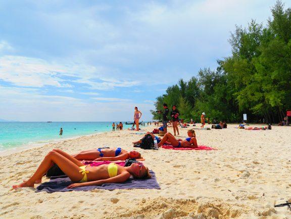poda-beach-ko-poda-thailand