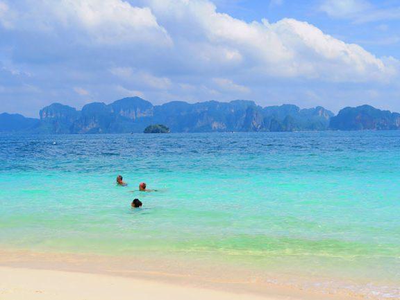 poda-beach-ko-poda-white-sand