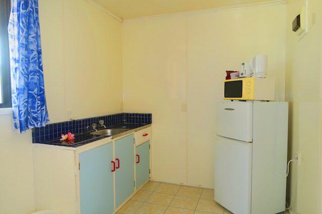 Rinos Motel Aitutaki Cook Islands - kitchen