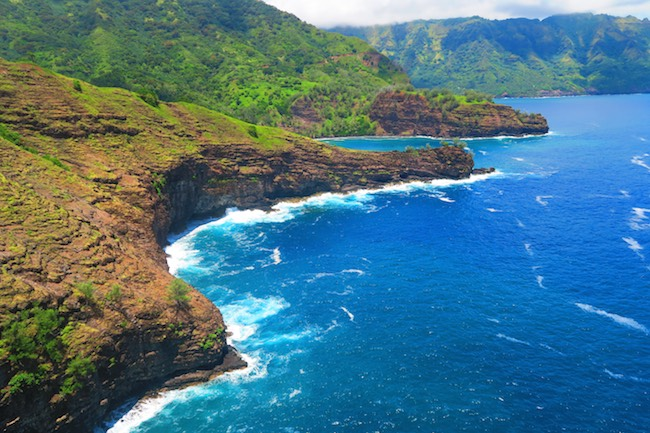 Road trip Hiva Oa Marquesas Islands French Polynesia cliffs