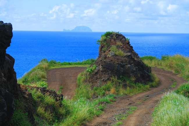 Road trip Hiva Oa Marquesas Islands French Polynesia twisting road