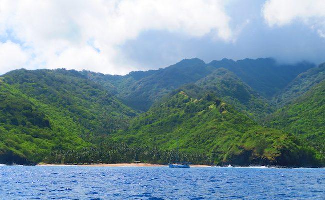 Tahuata Island Day Trip hiva oa - coastline