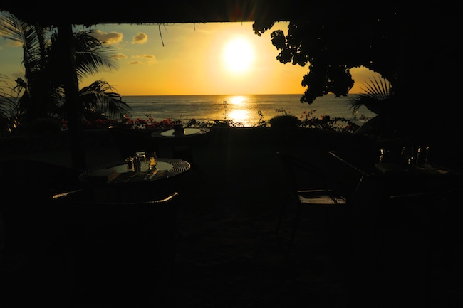 Tanna Evergreen Resort In Vanuatu - Sunset In Restaurant