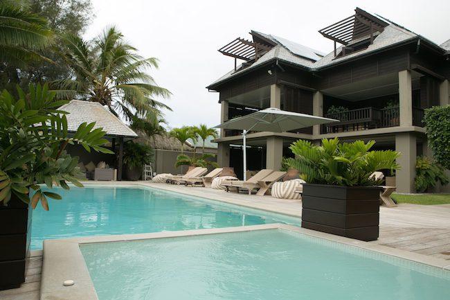 Te Vakaroa Luxury Villas Rarotonga Cook Islands - exterior pool area