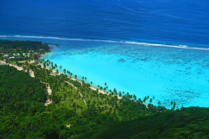 Temae Tropical Beach - Moorea Lagoon - French Polynesia