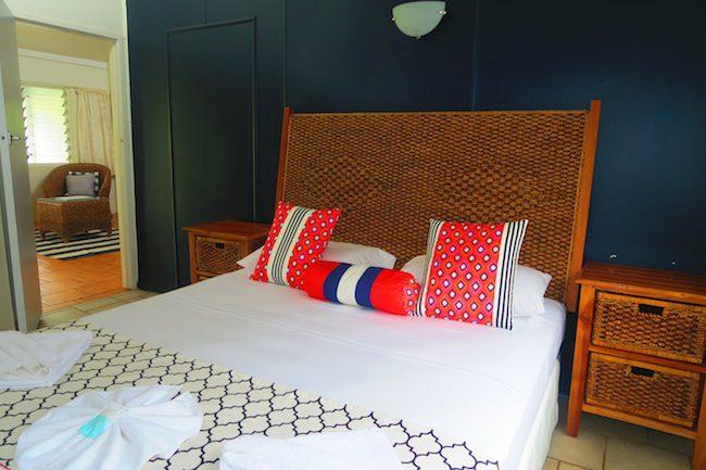The Black Pearl At Puaikura Rarotonga - pool view bedroom