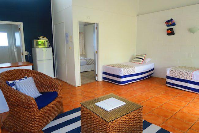 The Black Pearl At Puaikura Rarotonga - pool view single beds