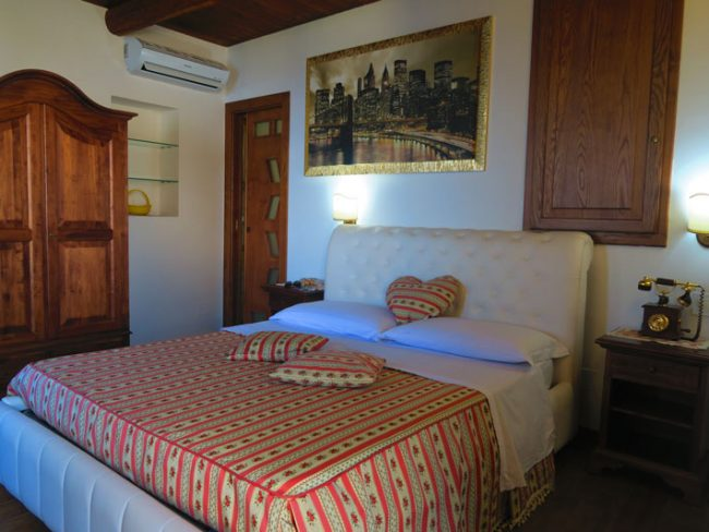 World Center Resort - where to stay in Amalfi - bedroom