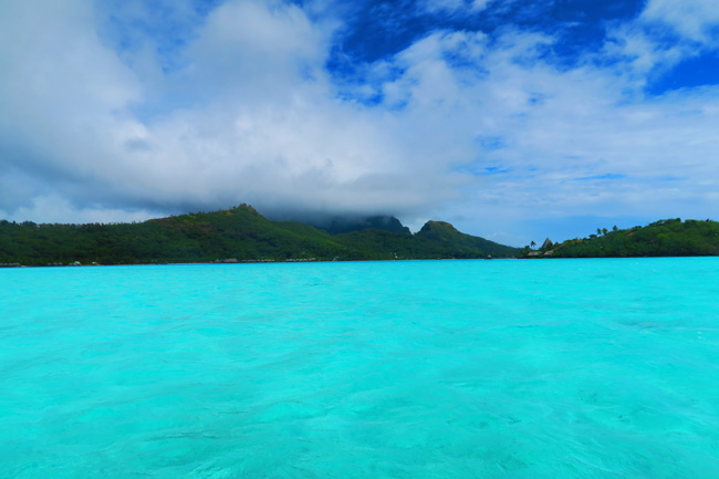 lagoon tour turquoise lagoon colors of bora bora french polynesia