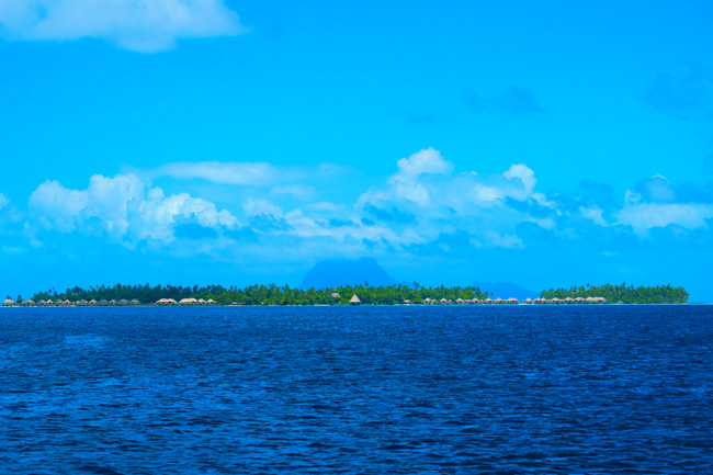 le tahaa luxury resort bora bora background french polynesia